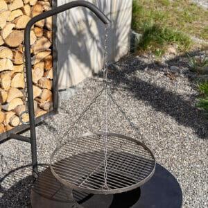Feuerschale Ignis ist auch erweiterbar mit Grillrost. Sie ist Edel und massiv in der Bauweise.