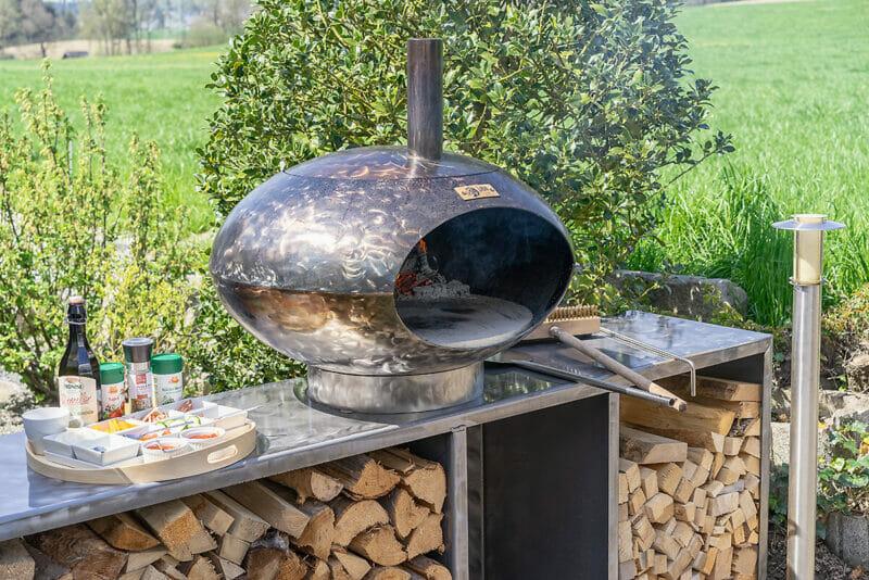 Pizza und Grillofen Cepa erweiterbar auch im Set möglich. Sehr schön für geeignet für Ihre Terrasse.