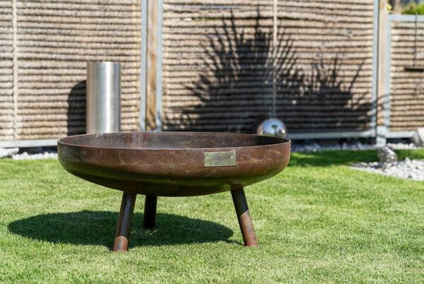 Feuerschale Eclipse die edle Feuerstelle aus Schweizer Produktion. Ideal für in den Garten.